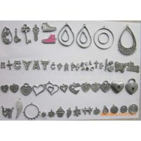 供应锌合金吊坠字母,心型坠子,项链吊坠,锌合金加工