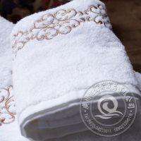 工厂直销 高档酒店宾馆纯棉白色提花毛巾 21S平织面巾批发定做
