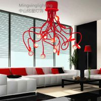 供应个性简约客厅吸顶灯现代艺术卧室餐厅异形灯红色章鱼灯饰批发厂家