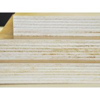 河南宏达生产高档杨木多层双面板-光强(不变形)