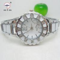 【美仑美】淘宝热销款厂家批发韩版时尚手链表 学生手表便宜批发