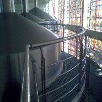 热镀锌平台/热镀锌钢结构哪家强-烟台圆正钢结构