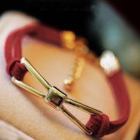 EM15-甜美蝴蝶结 本命年必备款 红色皮绳 红绳 手链