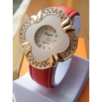 现在淘宝上什么好卖 女大学生带什么手表 送男人什么生日礼物