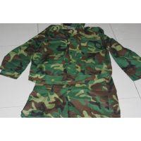 全年特供大中学生军训迷彩服可来样定做库存服装军训服装