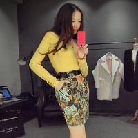 新品冬季1126#针织圆领显瘦打底衫+花卉麂皮绒高腰半身包臀裙套装