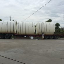 工地贮水水箱 解决工程饮水难问题的塑料桶 大规格的pe水塔(图)