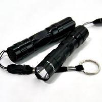 K1117 铝合金防水 5号1节白盒装迷你强光LED小手电  32