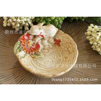 厂家直供!创意陶瓷红围巾小白兔肥皂盒家居日用 1个起批