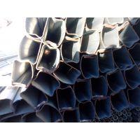 楼梯护栏:薄壁热镀锌面包管生产厂家