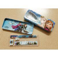 迪士尼FROZEN&冰雪奇缘大冒险白雪皇后款铁笔盒直尺铅笔文具套装