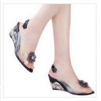 供应2013新款夏季水晶凉鞋鱼嘴坡跟鞋水钻花朵凉鞋高跟罗马鞋大码女鞋