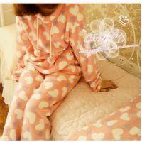 批发供应可爱粉紫波点爱心软绵绵珊瑚绒球球家居服套装睡衣睡裙