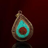 西藏红黄铜掐丝绿松石镶红宝石六字真言水滴型吊坠配饰藏式异域风