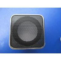供应厂家直销 便携式迷你音箱 MP3音箱  锂电插卡音箱 带收音可插耳机