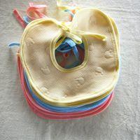 母婴厂家 简莎圆型婴儿口水巾 夹棉围嘴围兜批发