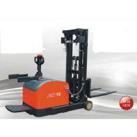 深圳载重1.5吨合力前移式电动叉车、站驾式合力前移式电动叉车