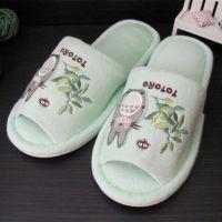 出口龙猫拖鞋 高档毛巾拖鞋 女士绣花拖鞋 支持定做来料加工厂家