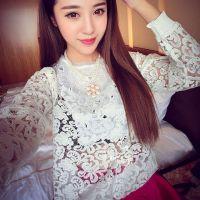 供应2014秋装新款 韩版欧根纱拼接蕾丝衫镂空上衣长袖打底衫批发女