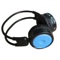 厂家直销头戴式耳机无线插卡耳机 礼品耳机 带FM可插SD,TF卡
