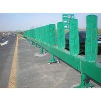 i供应(来电咨询) 高速公路活动护栏  伸缩活动护栏 质量保证