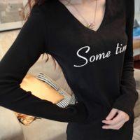 2014秋冬加绒加厚长袖T恤女字母显瘦修身V领中长款打底衫