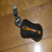 供应深圳USB鼠标批发 有线游戏鼠标沃卒华南虎M22小彩盒迷你伸缩鼠标