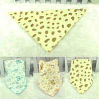 水晶绒儿童三角巾 婴儿口水巾 宝宝按扣双层头巾