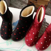 厂家直销爱心印花女士保暖雪地鞋 时尚保暖加厚女靴