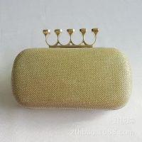 2014新款 韩版特色 流行皇冠头手抓硬盒包 戒指头晚宴包 高档
