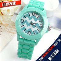 市场热销硅胶手表,水波纹式硅胶手表,韩国促销热销礼品硅胶表