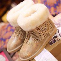 欧美新款链条中筒雪地靴流苏羊皮毛一体花朵个性铆钉保暖女靴代发