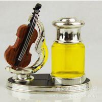 汽车香水座 小提琴高档香水座 个性创意车载时尚香水摆件用品