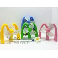 新款环保迷你创意时尚M字充电塑料风扇儿童/学生便携带小风扇