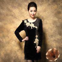 6801实拍新款气质中年妈妈装高档金丝绒连衣裙中老年女装长秋装
