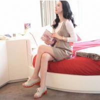 孕妇装 韩版时尚两件套 孕妇V领毛衣+白色打底衫