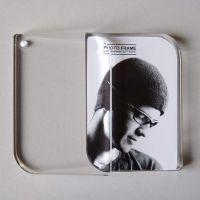 深圳厂家供应亚克力磁铁6寸相框 高档透明影楼相框摆台