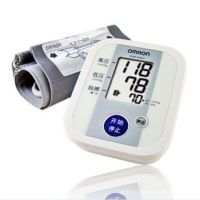 欧姆龙血压计 欧姆龙8102  上臂式电子血压计