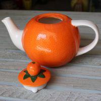 批发外贸库存创意陶瓷工艺品草莓茶壶新奇特造型摆件厨房用品