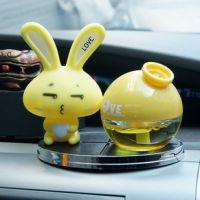 可爱车载香水创意韩国爱心兔 汽车香水座汽车用品汽车摆件 本诺PV