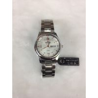 正品博腾男士经典商务手表 双日历进口石英机芯钢带男表专柜