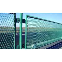 供应供应各种钢板网,护栏网,电焊网,隔离栅