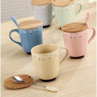 厂家直销马克杯 碎花木盖陶瓷杯 牛奶杯/水杯 带盖带勺杯创意餐具
