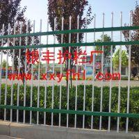 河南新乡/焦作/耐锈防腐护栏/无焊接热镀锌别墅铁艺护栏厂家13