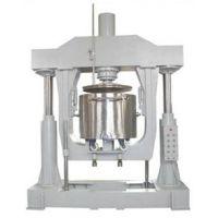 真空型压料机,液压出料机厂家,高粘度物料通过压料盘施压使物料盘上出料口或搅拌桶下出料口出料