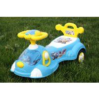 儿童扭扭摇摆车滑行车小孩溜溜车静音乐闪灯 超市奶粉赠品