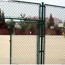 学校操场护栏网 pvc勾花网围栏陕西运动场体育场围栏优盾厂家