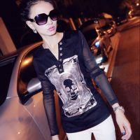 欧洲站2014个性时尚潮骷髅头拼接蕾丝网纱长袖T恤V领打底衫