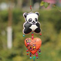 云南东巴特色幸运挂件 熊猫加桃心图案 民族手工制品5038