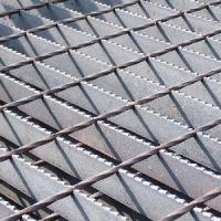 加工钢格栅板,优秀的防滑(齿形)钢格板是由辛巴机械提供